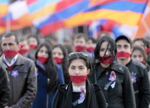 Manifestazione a Mosca per il centenario del Medz Yeghern